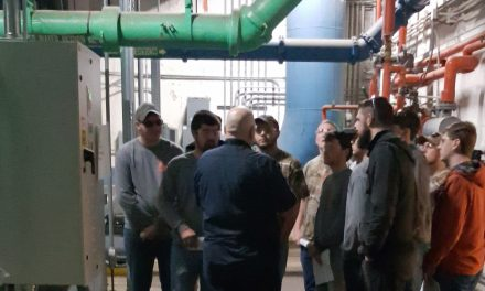 HVAC Students Visit USGS Physical Plant