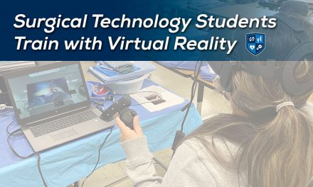 Surgical Technology Students Train with Virtual Reality
